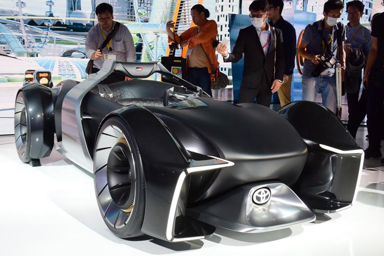 e-RACER(トヨタ自動車)