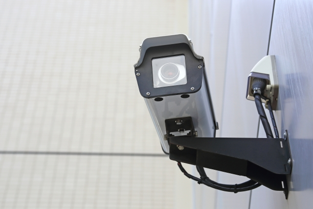 今や事件捜査の主役は防犯カメラ?