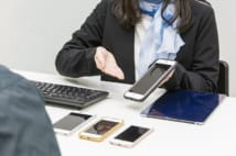 訪日外国人たちが日本土産に「中古iPhone」を選ぶワケ