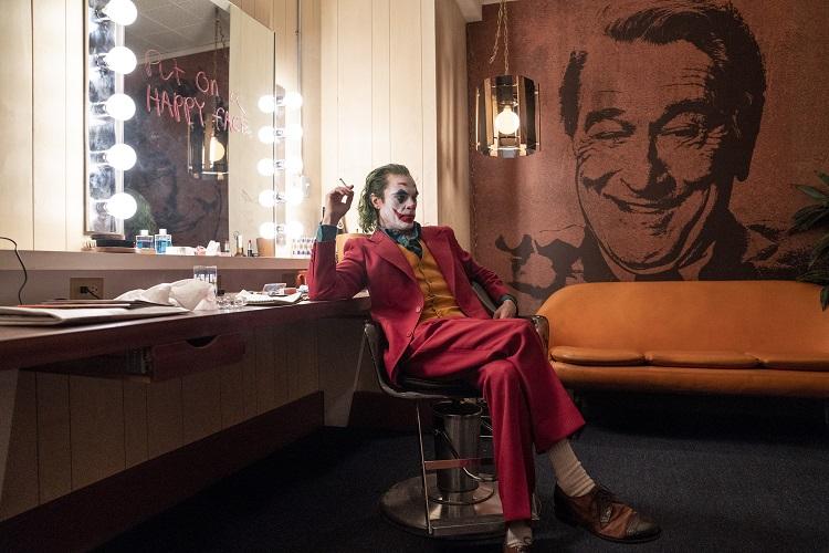 映画『ジョーカー』の主人公はなぜ「ピエロ」のメイクなのか