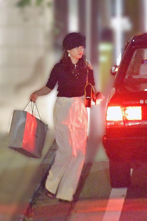 【スクープ撮】ガチレズ処女の新木優子(25)、谷まりあと『親密な仲』 徒歩1分の近所に引っ越していた (94)