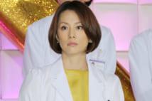 2年ぶりに大門未知子を演じる米倉(時事通信フォト)