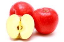 ハンノキやシラカバ花粉症はりんごアレルギーと関係があるという(写真/AFLO)