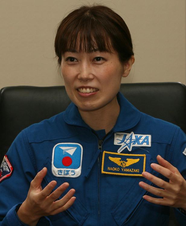 山崎直子さんは2010年にスペースシャトルに乗った(時事通信フォト)