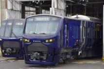 相鉄・JR直通線で使用される12000系。一部は埼京線・川越線にも乗り入れる(時事通信フォト)