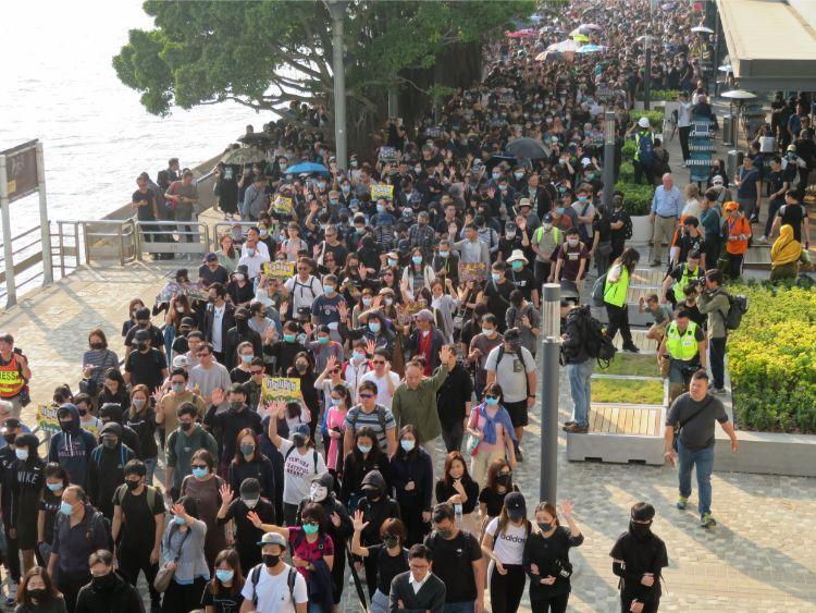 香港デモ、再び激化の懸念 年越しは必至の情勢|NEWSポストセブン