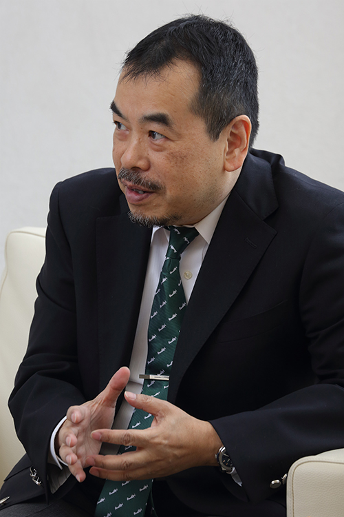 小児外科医の松永正訓さん(撮影/浅野剛)