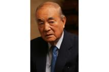 中曽根康弘氏 総理在職中、新幹線で居眠りせず宮中行事を勉強