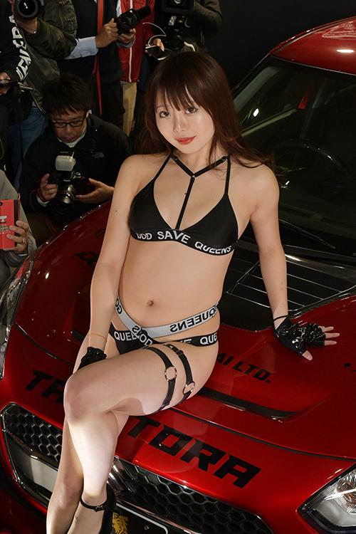 「東京オートサロン2020」で見つけたセクシーコンパニオン