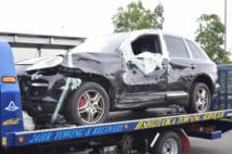 あおり運転で逮捕された夫容疑者が事故を起こした車両(時事通信フォト)