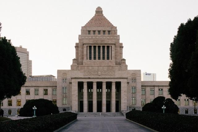 「日本を変えたい」と市議選出馬を決意する