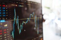 国内FX会社と海外FX会社、取引条件や課税面での違いを解説