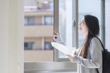 イマドキの学生の部屋選び、通学時短を重視する傾向に。ほかには…?