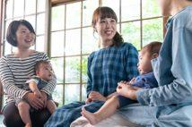 院長のHISAKOさんの元には、多くの母子が訪れる(写真提供/助産院ばぶばぶ)