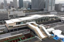 折り紙イメージの高輪ゲートウェイ駅(時事通信フォト)