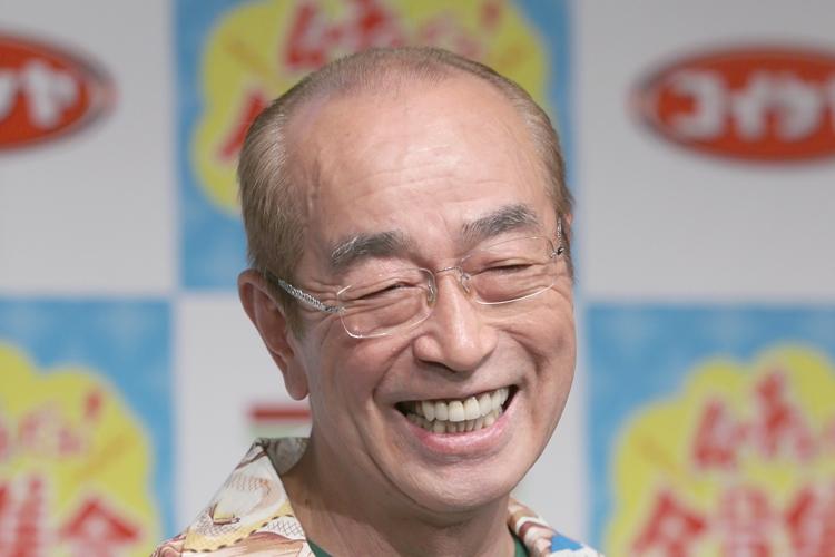志村けんさんは、舞台でも活躍した(写真/時事通信社)