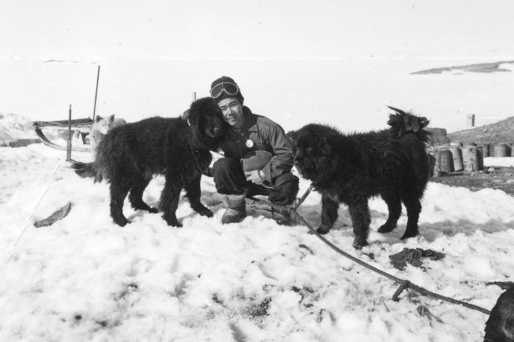 帰国1年後に第3次越冬隊員として南極に戻り、奇跡の再開を果たした北村泰一隊員(当時)