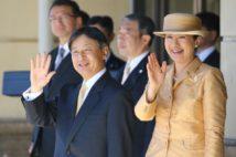 両陛下が並んでお出ましされる姿が多く見られた1年だった(昨年11月、三重県伊勢市。写真/時事通信フォト)