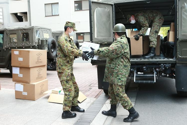 対策 自衛隊 コロナ 防衛省・自衛隊:自衛隊大阪大規模接種センターの予約・受付案内