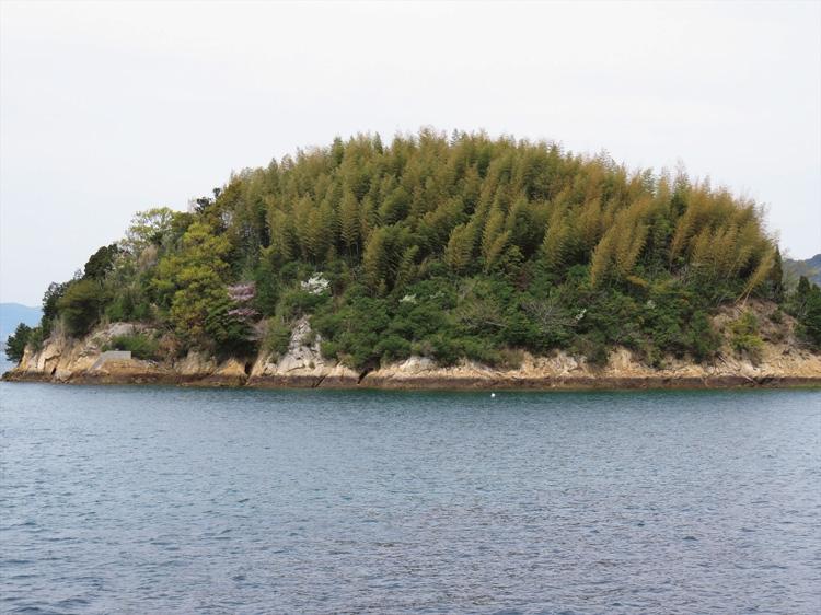 瀬戸内海に浮かぶ自然豊かな無人島