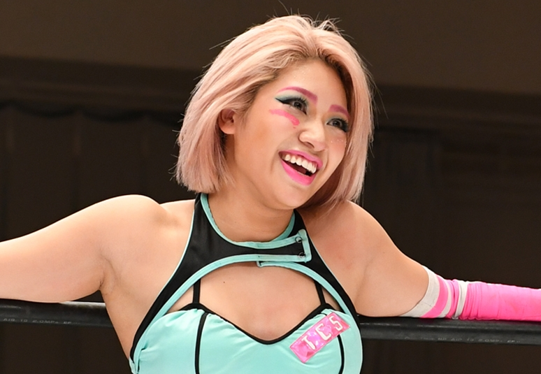 木村花さん、周囲を気遣う甘え上手 テラハとかけ離れた素顔