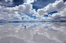無風時にとらえた「天空の鏡」