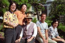 ゴダイゴはいかにして日本の歌謡界を席巻したのか(1999年の再結成時。時事通信フォト)