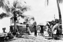 かつてのマーシャル諸島(1946年。GRANGER/時事)