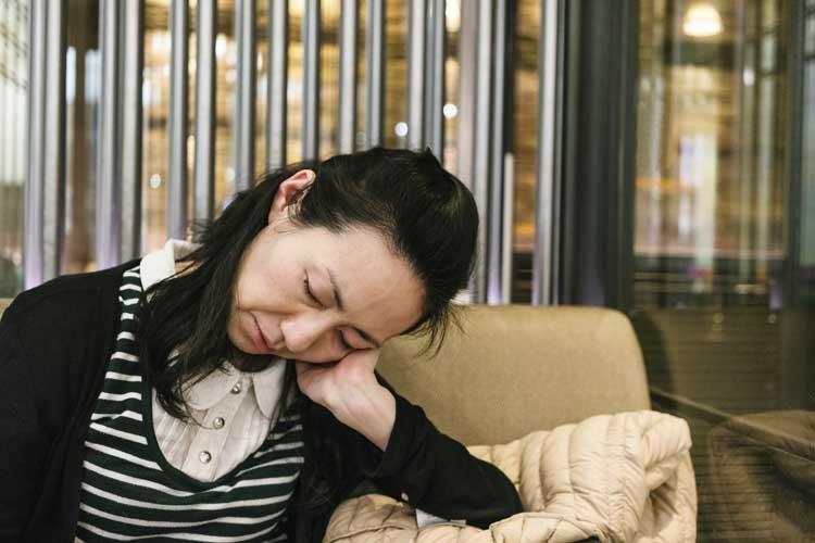 睡眠が充分にとれなかったり安定しなかったりすると…(写真/GettyImages)