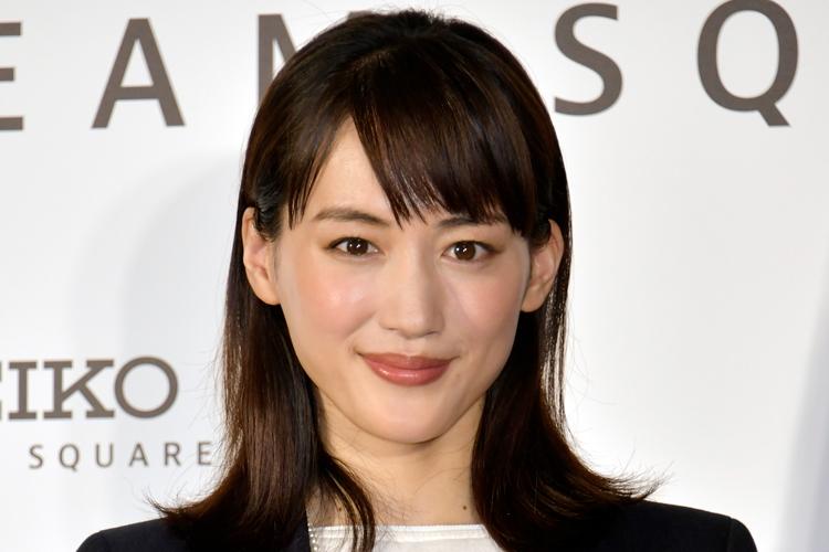 綾瀬はるかと韓流俳優ノ・ミヌの恋 ゴールまでに多くの障壁