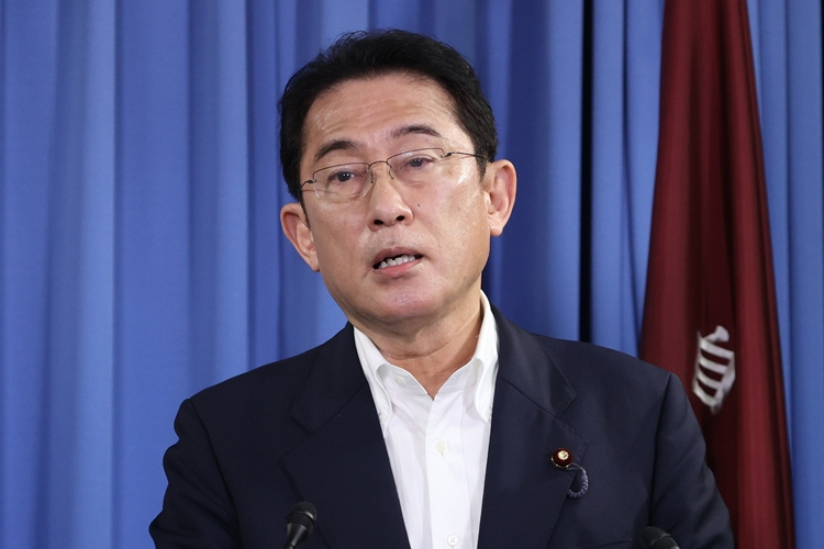 安倍首相が後継者選び失敗 自民党「四分五裂」相関図