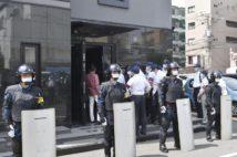 5月には岡山で、六代目山口組大同会幹部が神戸山口組池田組幹部を襲撃した事件が起きたばかり(共同通信社)