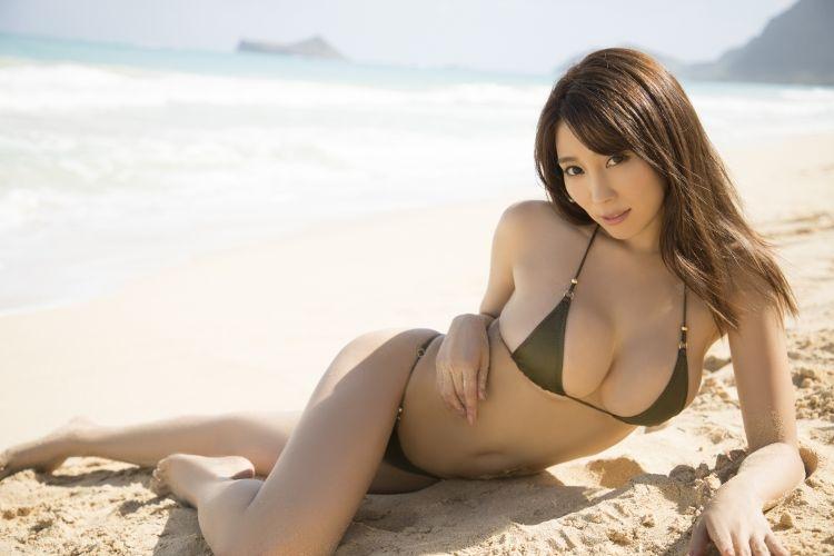 『ビジュアルウェブS』にも登場中の森咲智美