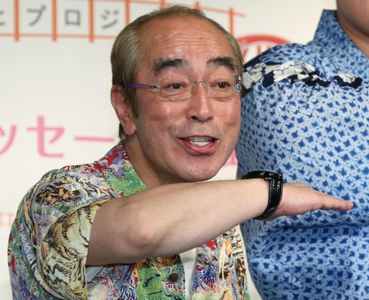 志村けんさんは、3月、新型コロナウイルス感染症に伴う肺炎により入院先の病院で亡くなった(時事通信フォト)