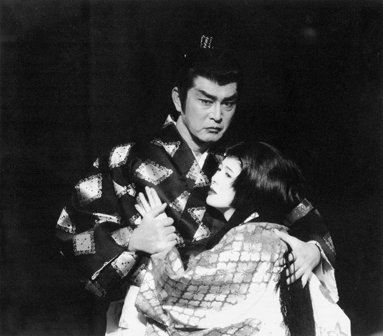 南野陽子とは舞台で