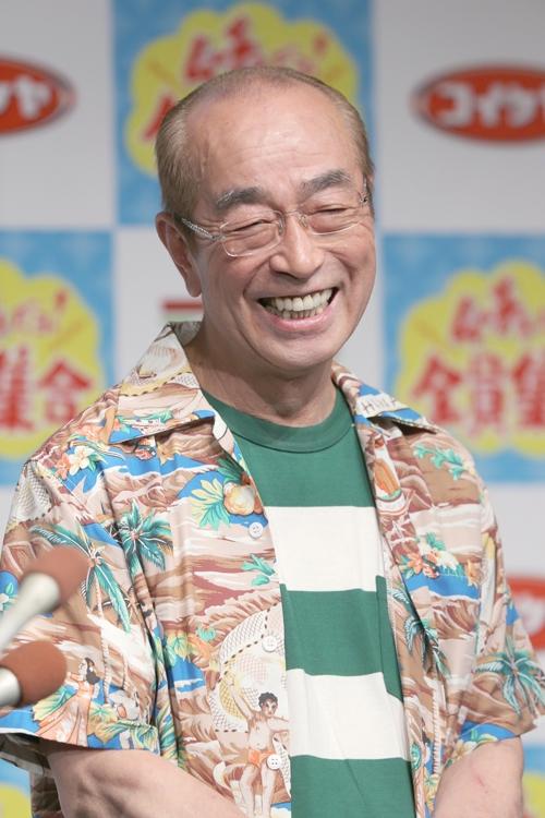 志村けんさんの運転手兼付き人を務めた乾き亭げそ太郎が思い出を振り返る(時事通信フォト)
