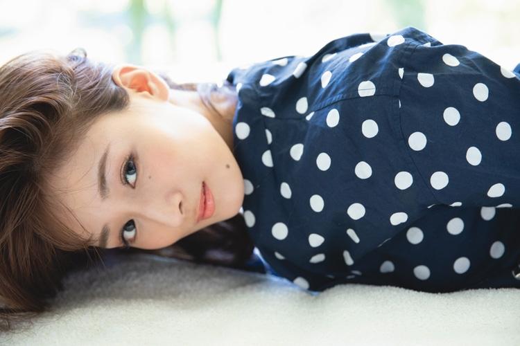 """""""国民的巨乳のお姉さん""""フミカ"""