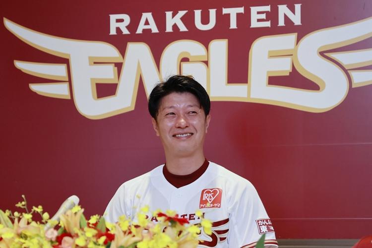 今季限りでの引退を表明した楽天イーグルスの渡辺直人内野手(時事通信フォト)