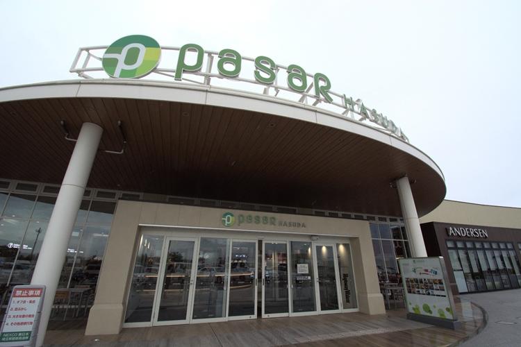 人気店が集まり、まるで駅ナカ施設の「pasar(パサール)」