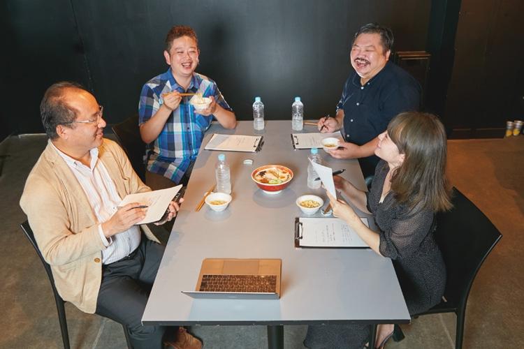 麺の達人たちが「お取り寄せラーメン」について熱く議論