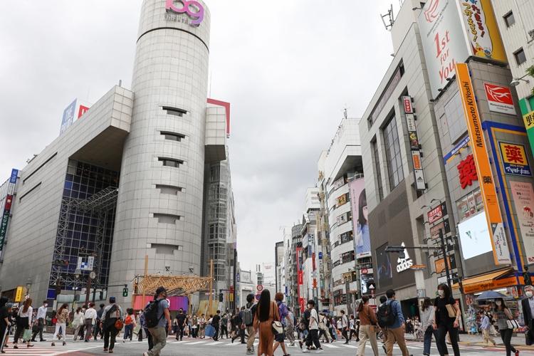 渋谷109にも入っていた「セシルマクビー」は全店閉鎖とブランド終了を発表(時事通信フォト)