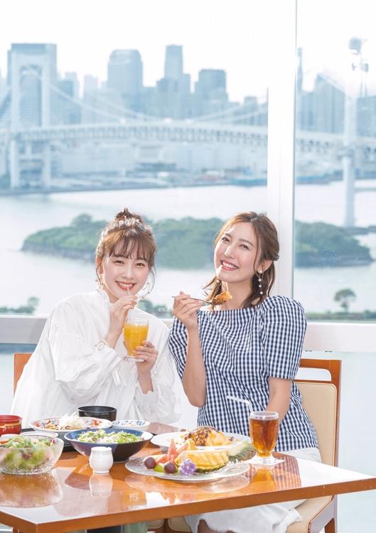 三上真奈アナ(左)と小澤陽子アナ