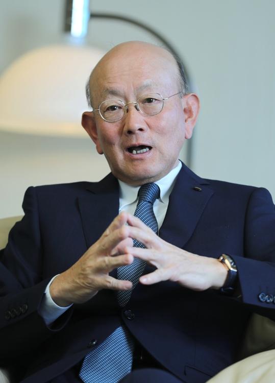 伊藤忠の岡藤会長は年収6億、ほかの会社は?(時事通信フォト)