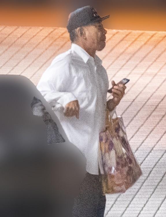 木梨憲武の堂々たるオシャレ姿が目撃された
