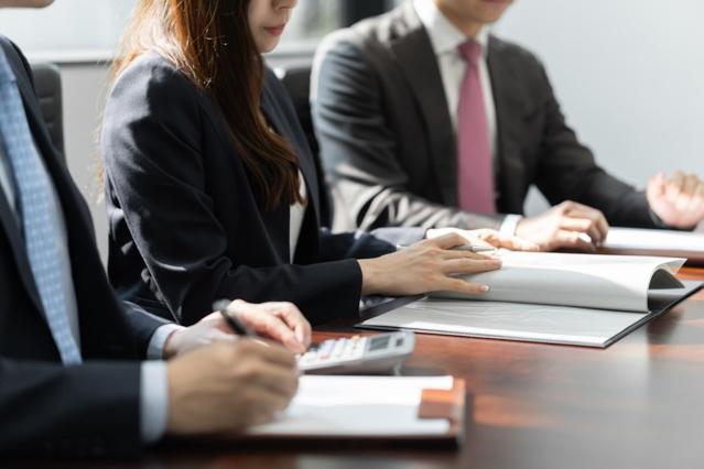 日本の組織は「一堂に会する」システムが前提となっている