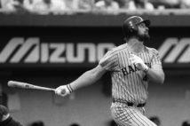 「世界の王」の本塁打記録55本に挑んだ「3人の助っ人」の涙