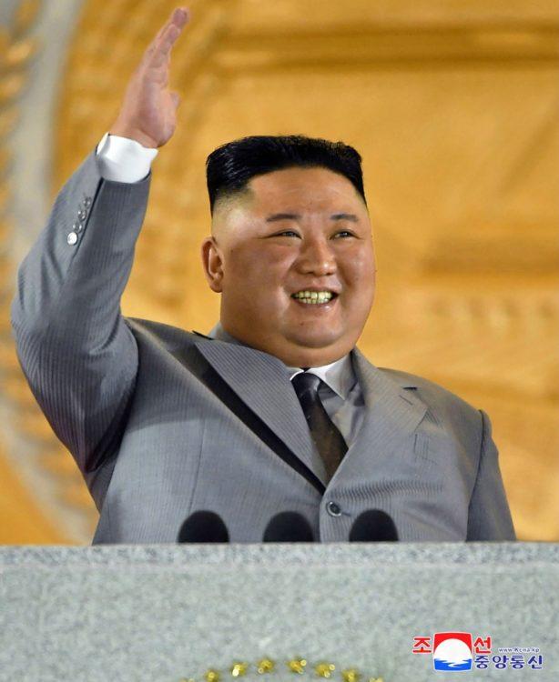 10月10日の北朝鮮軍事パレードに疑惑が…(朝鮮通信=時事)