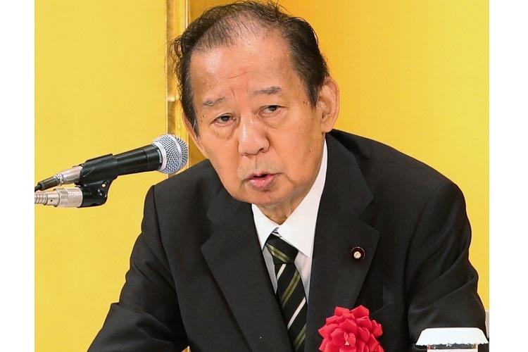 三男世襲目論む二階幹事長に菅首相、世襲反対の旗下ろすか
