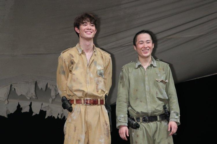 『ボクの穴、彼の穴。 The Enemy』に出演した宮沢氷魚と大鶴佐助