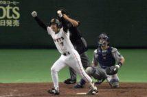2000年のセ・リーグ優勝決定試合は二岡智宏の劇的サヨナラ本塁打で幕を閉じた(時事通信フォト)